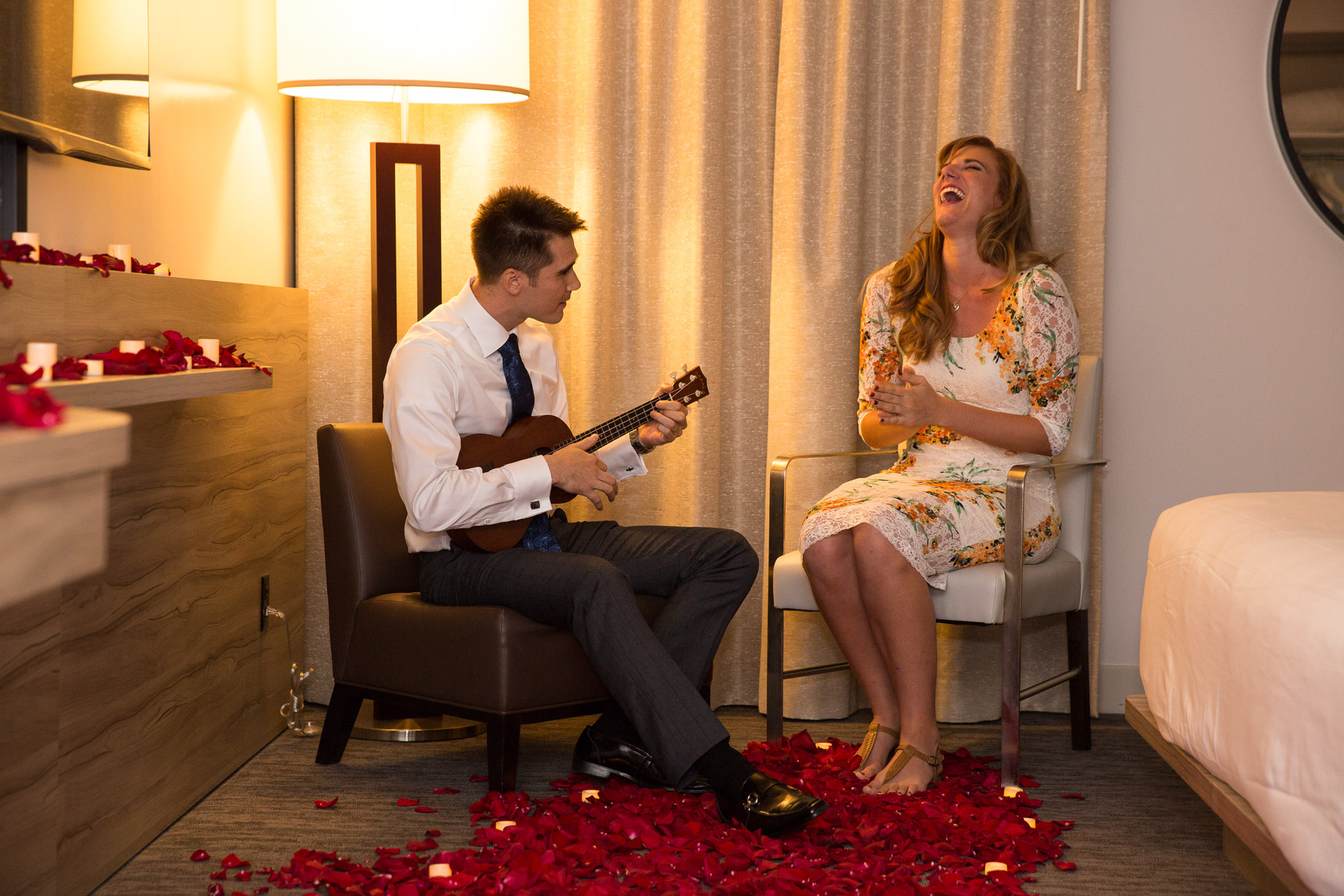 Romantic-proposal-ukelele